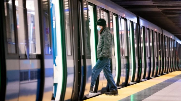 #TousContreUn: Wearing Face Masks Will be Mandatory in All Public Transportations